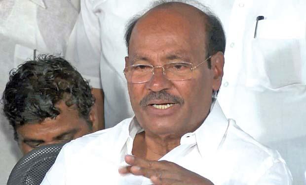 Nadigar Sangam Should Ban Acting In Smoking Scenes: Ramadoss